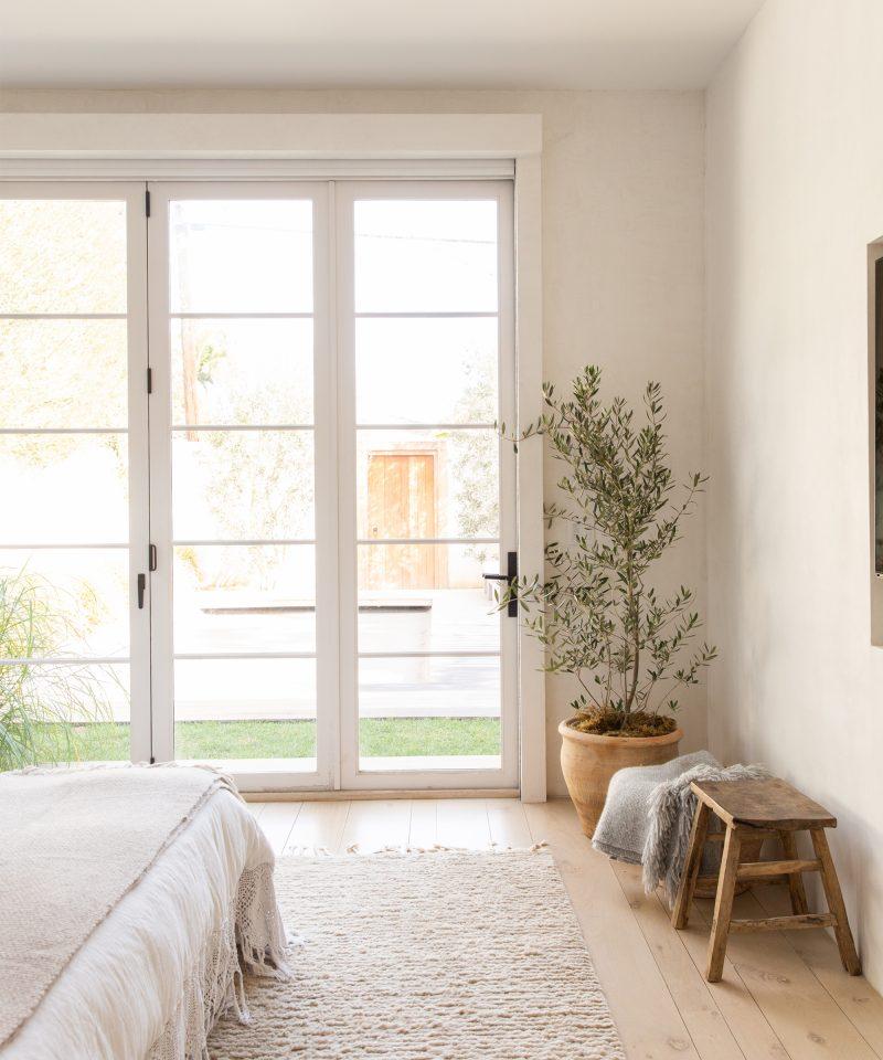 Our CEO Julia Hunter's Venice Home is a Minimalist Dream – Rip & Tan