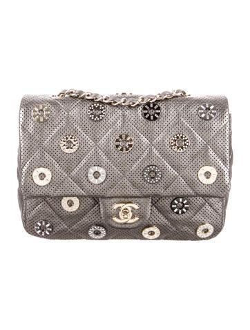 Paris Dubai Small Cc Medals Flap Flap Bag Chanel Bag