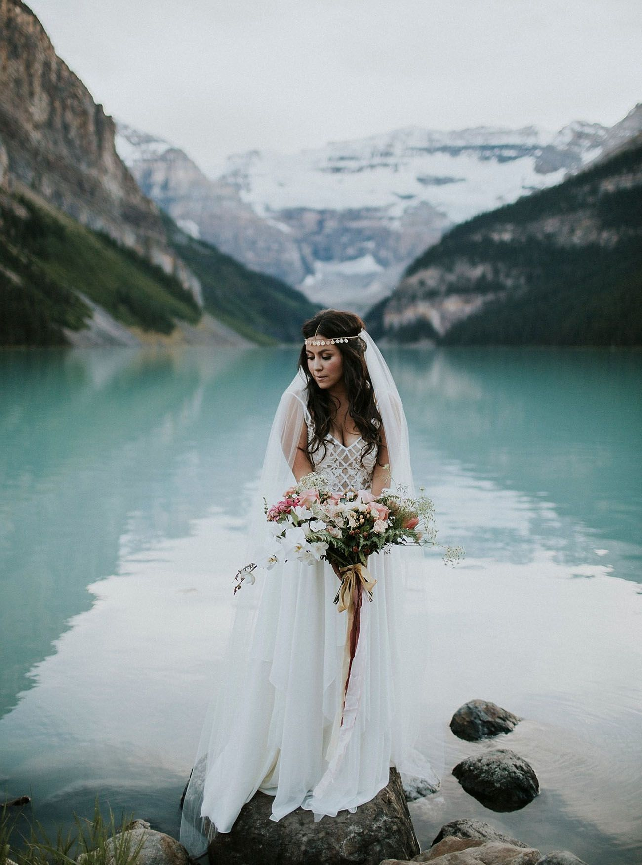 Lake louise elopement angie juan pink bouquet veil and elopements