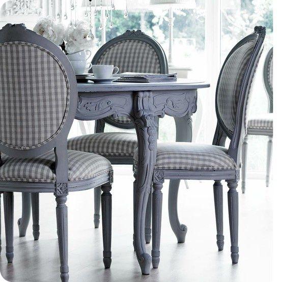 En Plutselig Helomvending Painted Dining Table Furniture