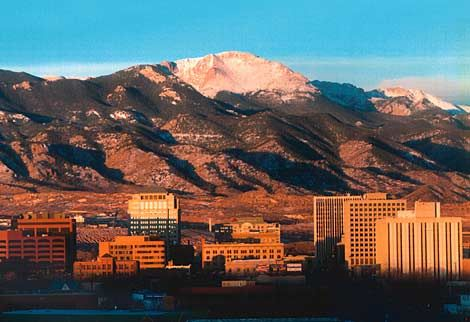 We Don T Have Many Buildings But We Still Have One Hell Of A Skyline Travels In 2019 Colorado Colorado Springs Living In Colorado Springs