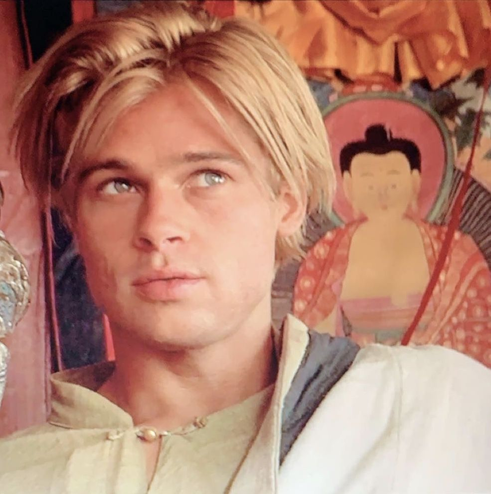 Pin By Luciana Coutinho On Brad Pitt In 2020 Brad Pitt Brad Pitt Young Brad Pitt Photos