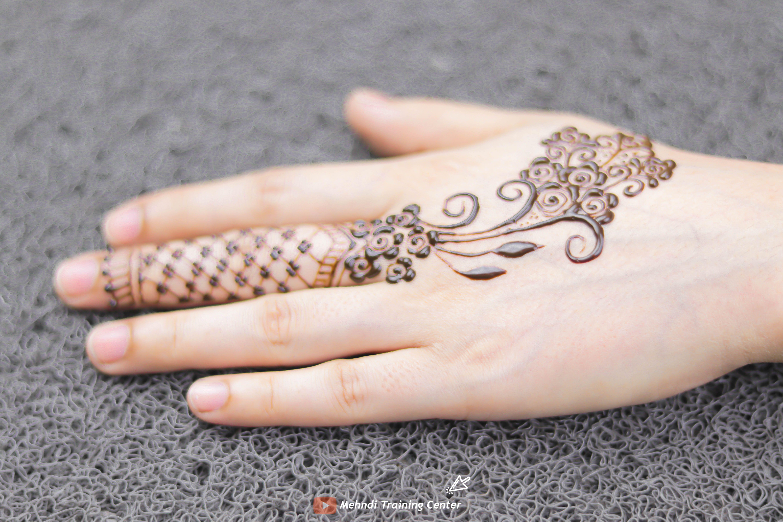 Pin On Finger Mehndi Design