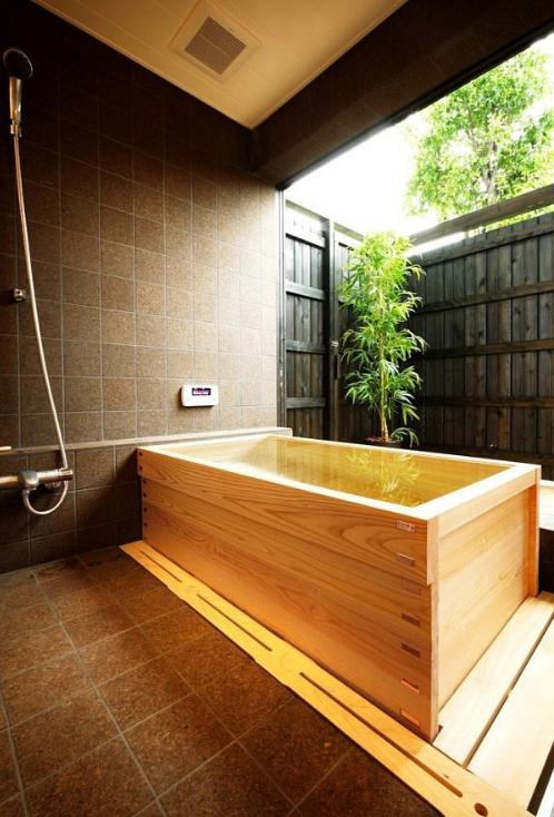 Japanese bathtub google search perfect bathroom for Objectif bois cloison japonaise