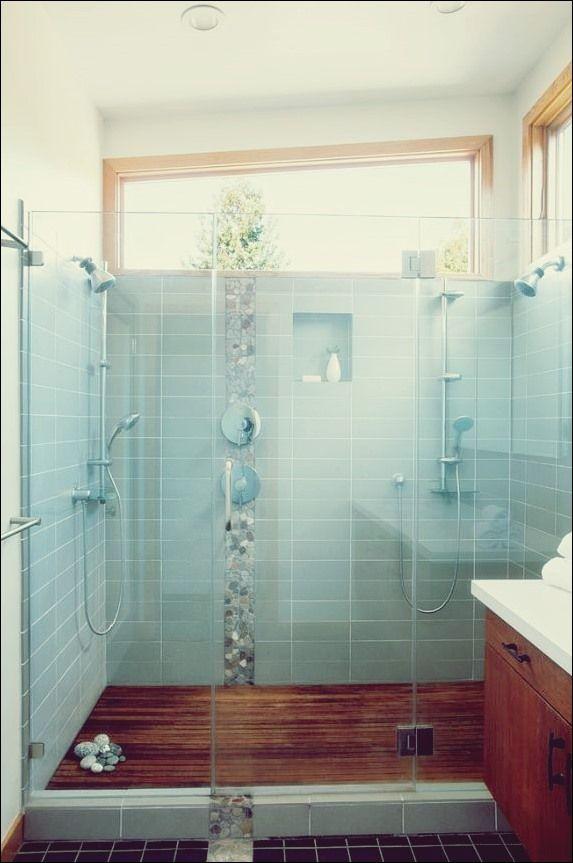 Das Fenster in der Dusche Dilemma im zeitgenössischen Haus