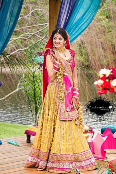 yellow brocade lehenga, pink and yellow, morning wedding, summer wedding, day wedding, sikh bridal lehenga