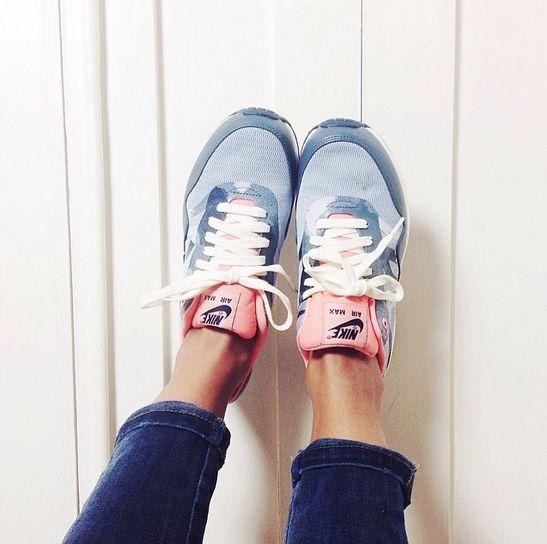 Sneaker Trends 2019 Diese Turnschuhe Sind Echte Must Haves Diese Echte Fashion Musthaves Sind Sneakertre With Images Trending Sneakers Sneakers Running Shoes Nike