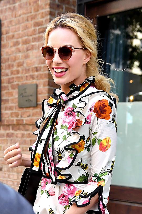 Margot Robbie Daily