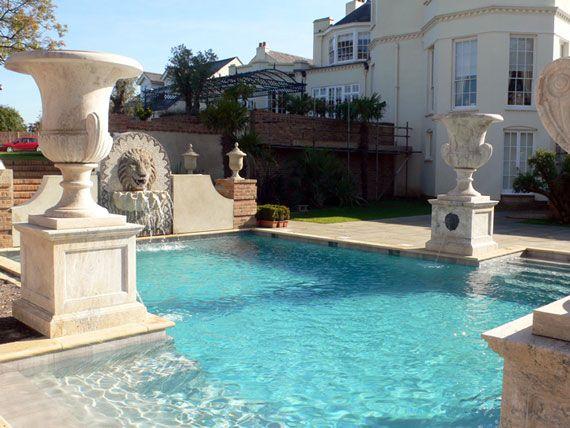 Classic pool with urns | Swimming Pools | Pinterest | Urn and ...