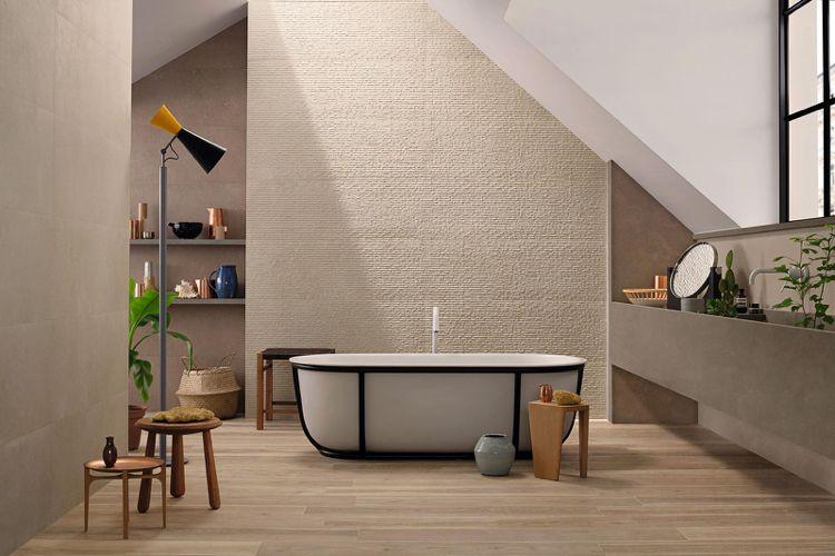 Badezimmer mit Dachschräge in Beige und Braun Badezimmer - badezimmer dachschrge