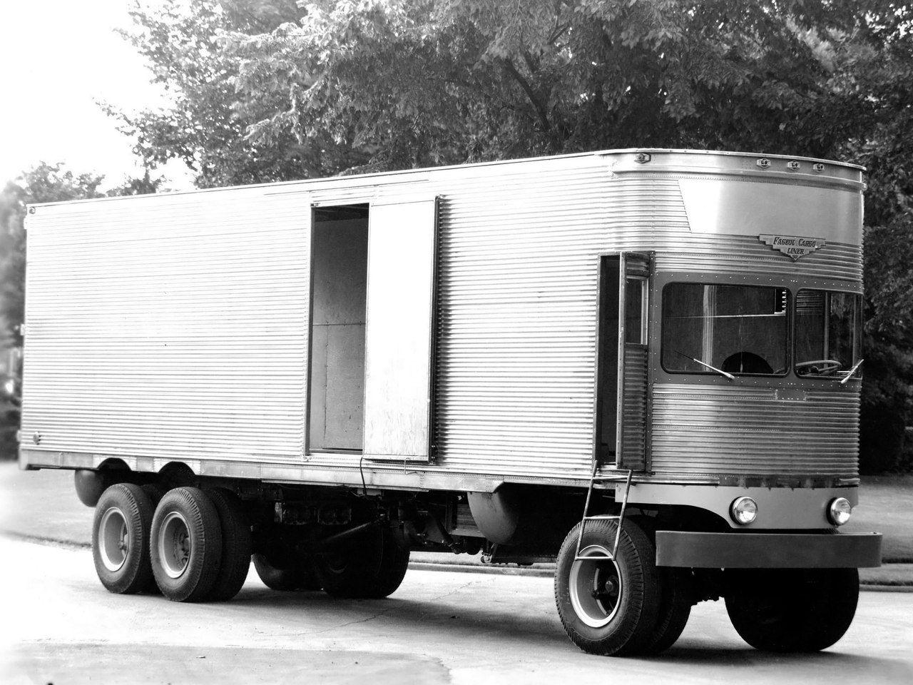 Gashetka | Transportation Design | 1950 | Fageol TC CargoLiner | Source