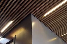 Plafoniere Per Controsoffitti A Doghe : Plafoniere per travi legno illuminazione tetto in idee