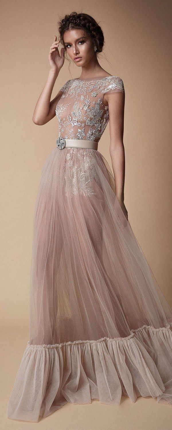 Berta Evening Dresses F/W 2018 | Gowns, Avant garde and Designers
