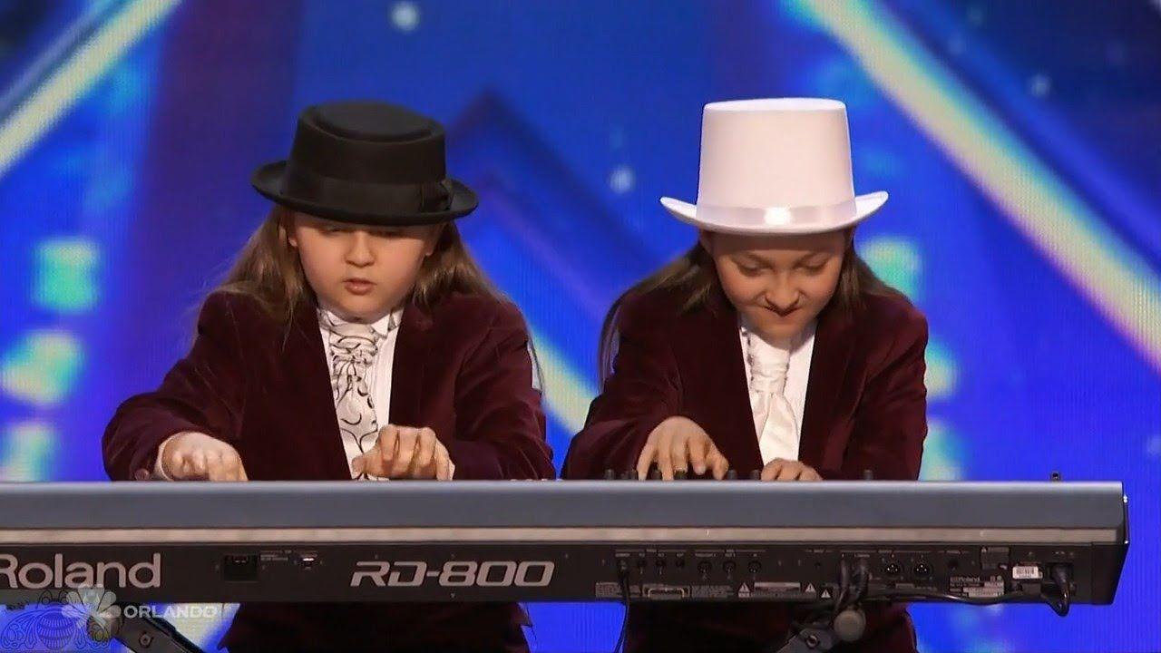 Americas Got Talent 2016 Elias & Zion Phoenix Twin Keyboardists Full Aud...