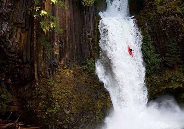 Výsledek obrázku pro waterfalls kayaking