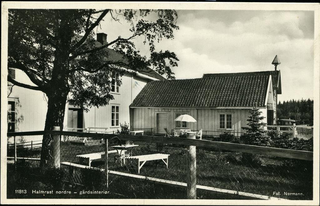 HALMRAST i Søndre Land kommune Fall. Nærbilde av våningshus  Utg Normann Stpl. Gjøvikbanens Posteksp. 1935