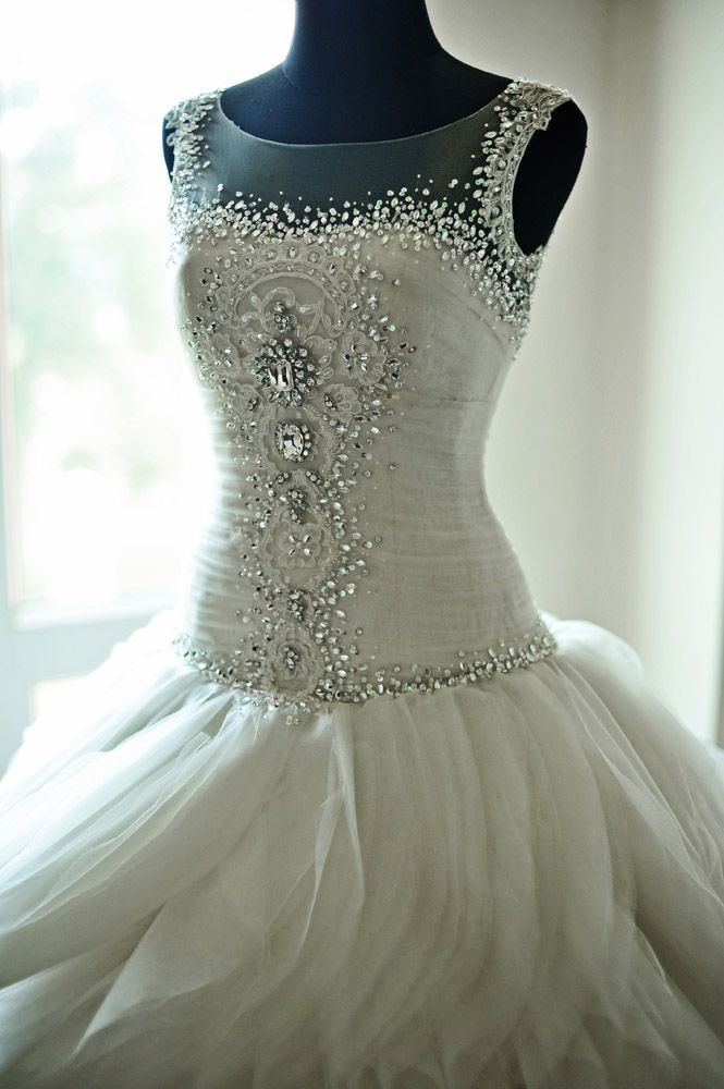 Elegant++Dramatic+Sapphire+Wedding:+Rochelle++Nestle