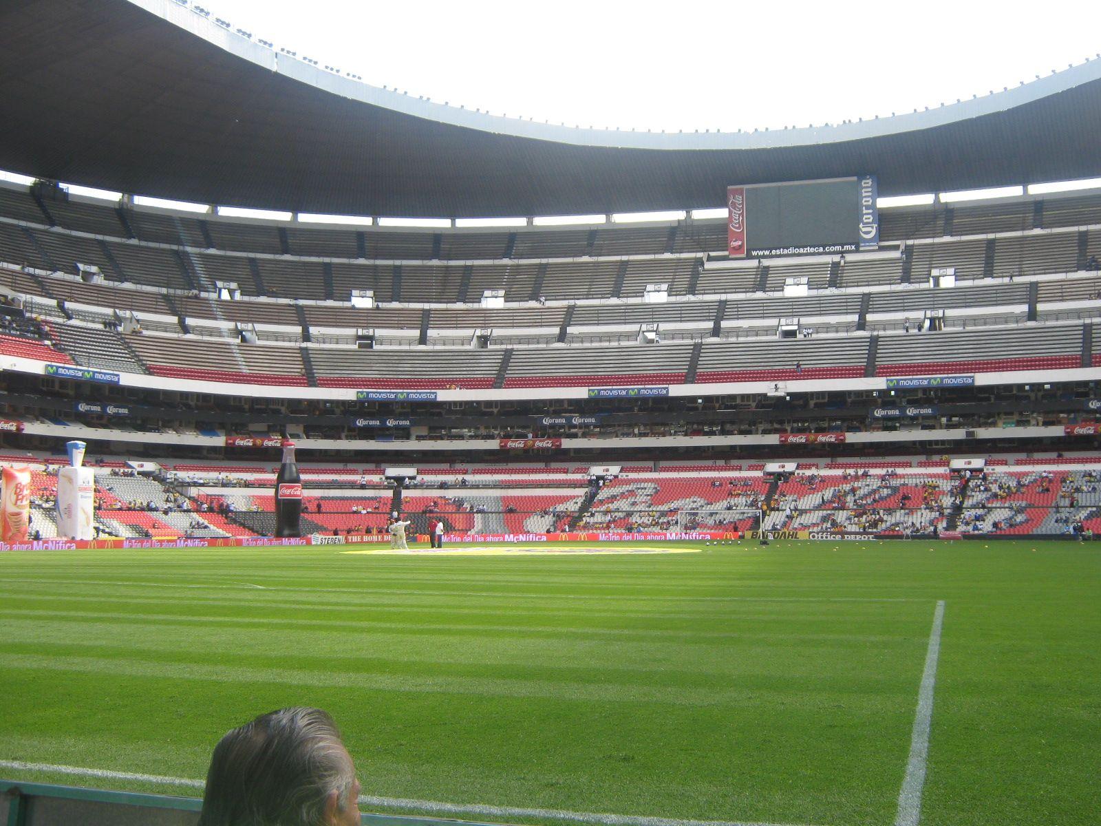 Cancha estadio azteca favorite places spaces for Puerta 1 estadio azteca