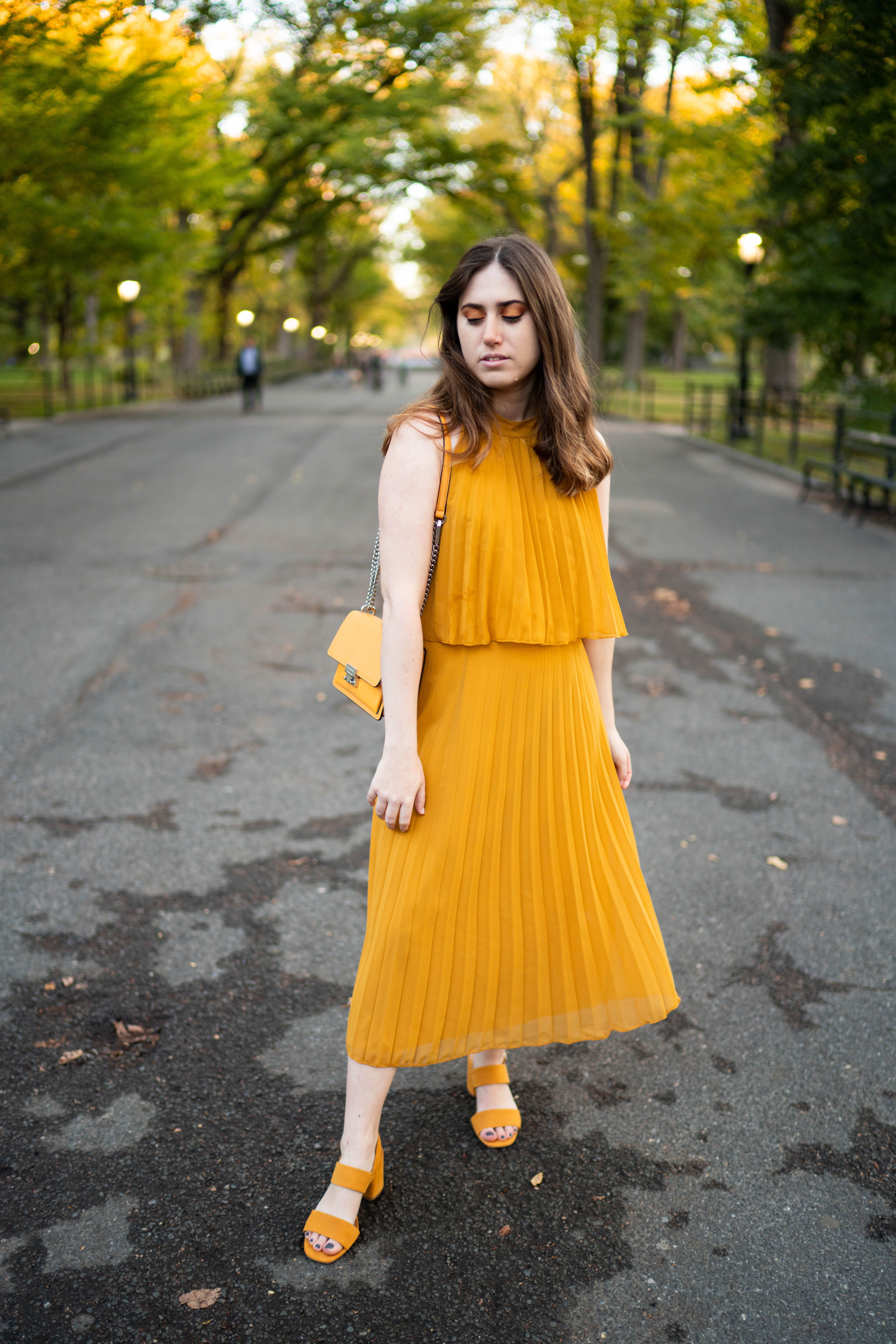 What To Wear To A Fall Wedding Wedding Guest Outfit Fall Dress Outfit Guest Dresses [ 7952 x 5304 Pixel ]