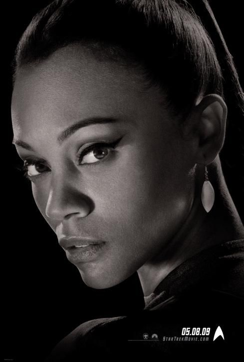 Still of Zoe Saldana in Star Trek (2009) http://www.movpins.com/dHQwNzk2MzY2/star-trek-(2009)/still-534743552