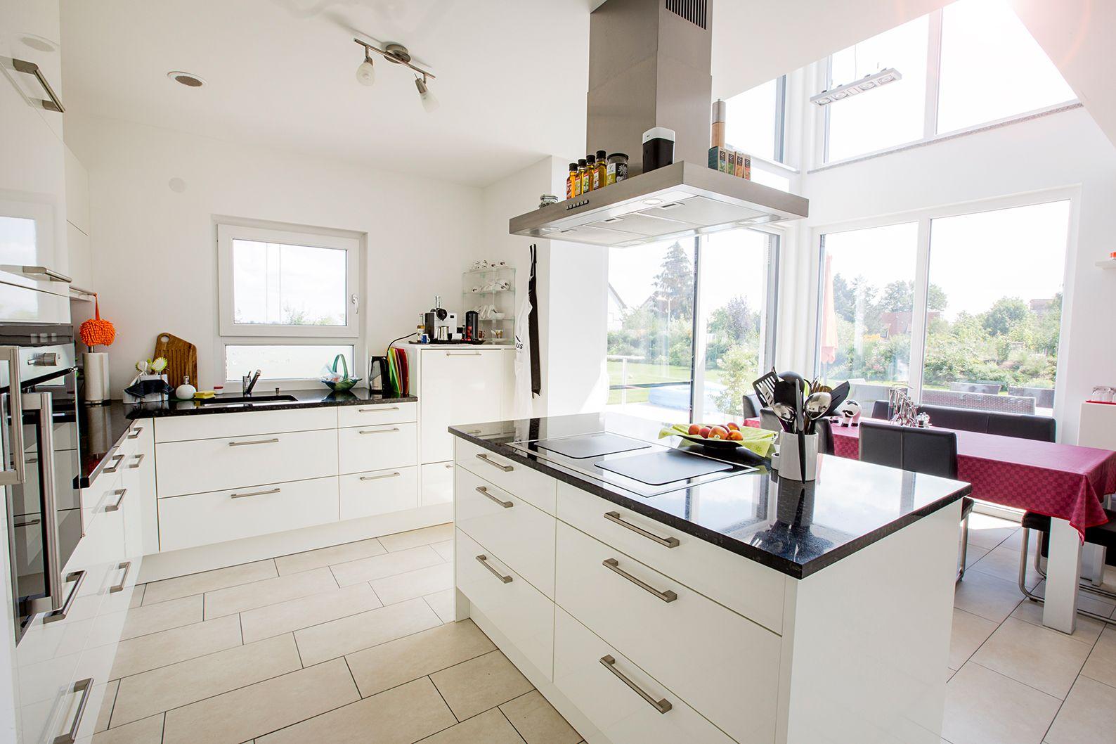 Haus Orchis FischerHaus Fertighaus Küche #Küche #offen #modern #gemütlich  #Insel #