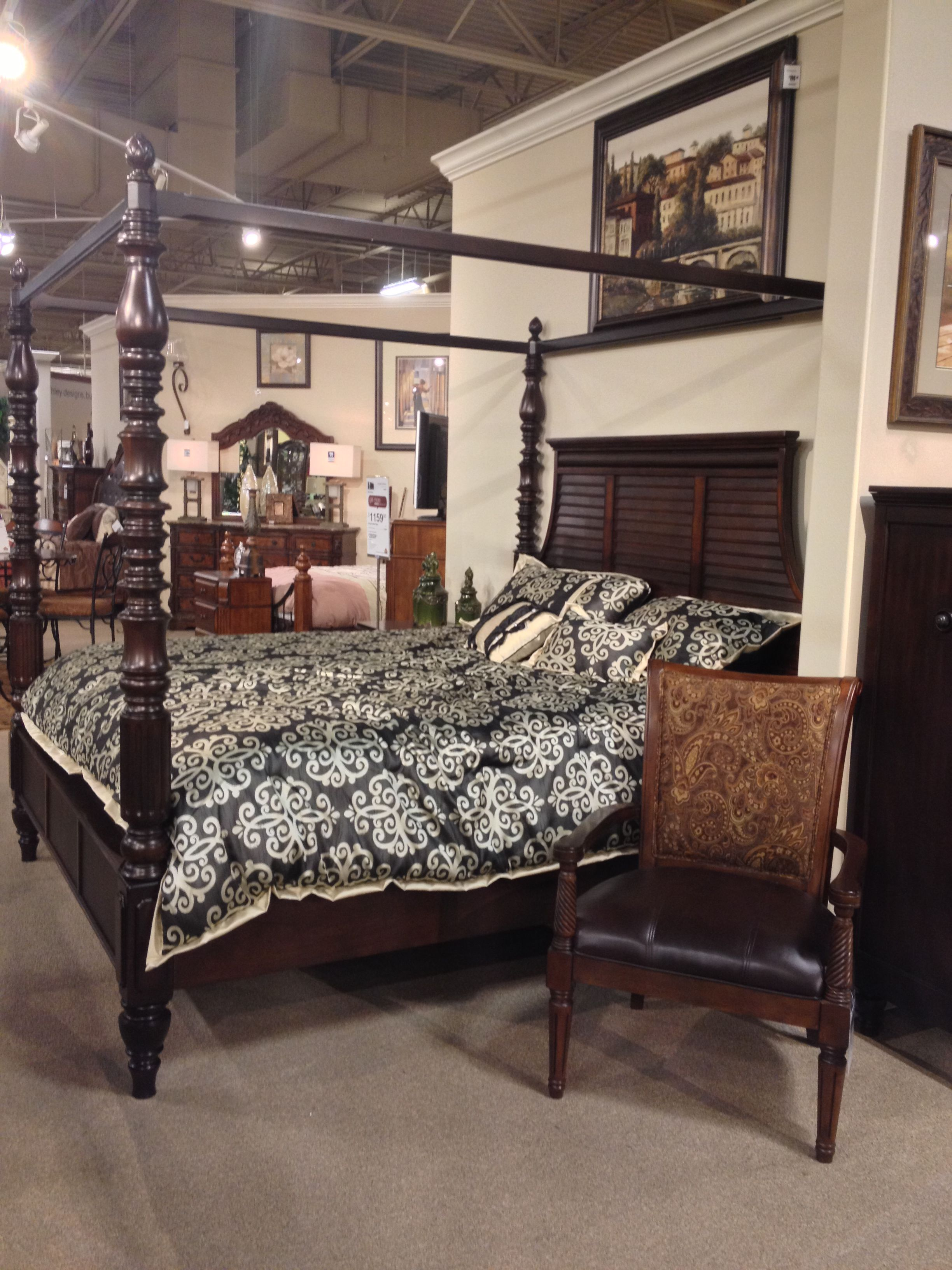 4 Poster Canopy King Bed Key Town King Queen Poster Bed Ashley Furniture In Tricities