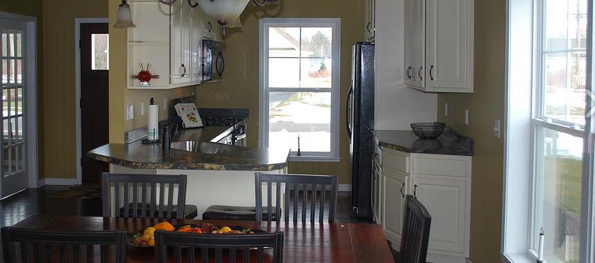 Bright kitchen with plenty of windows!