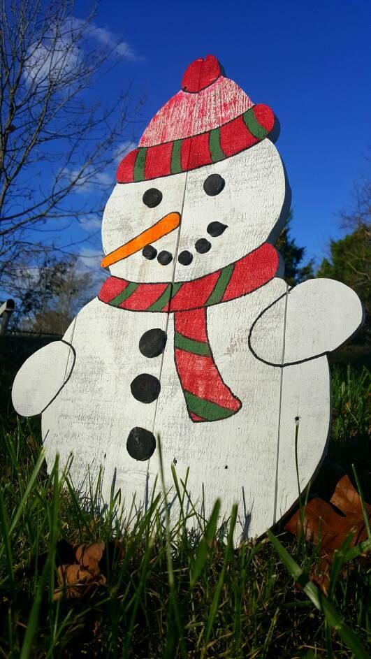 Pallet Snowman Quality Built dig projects Pinterest Christmas