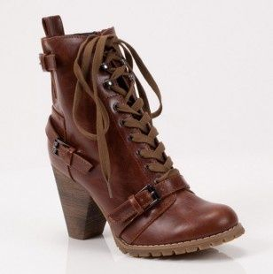 brown boot <3