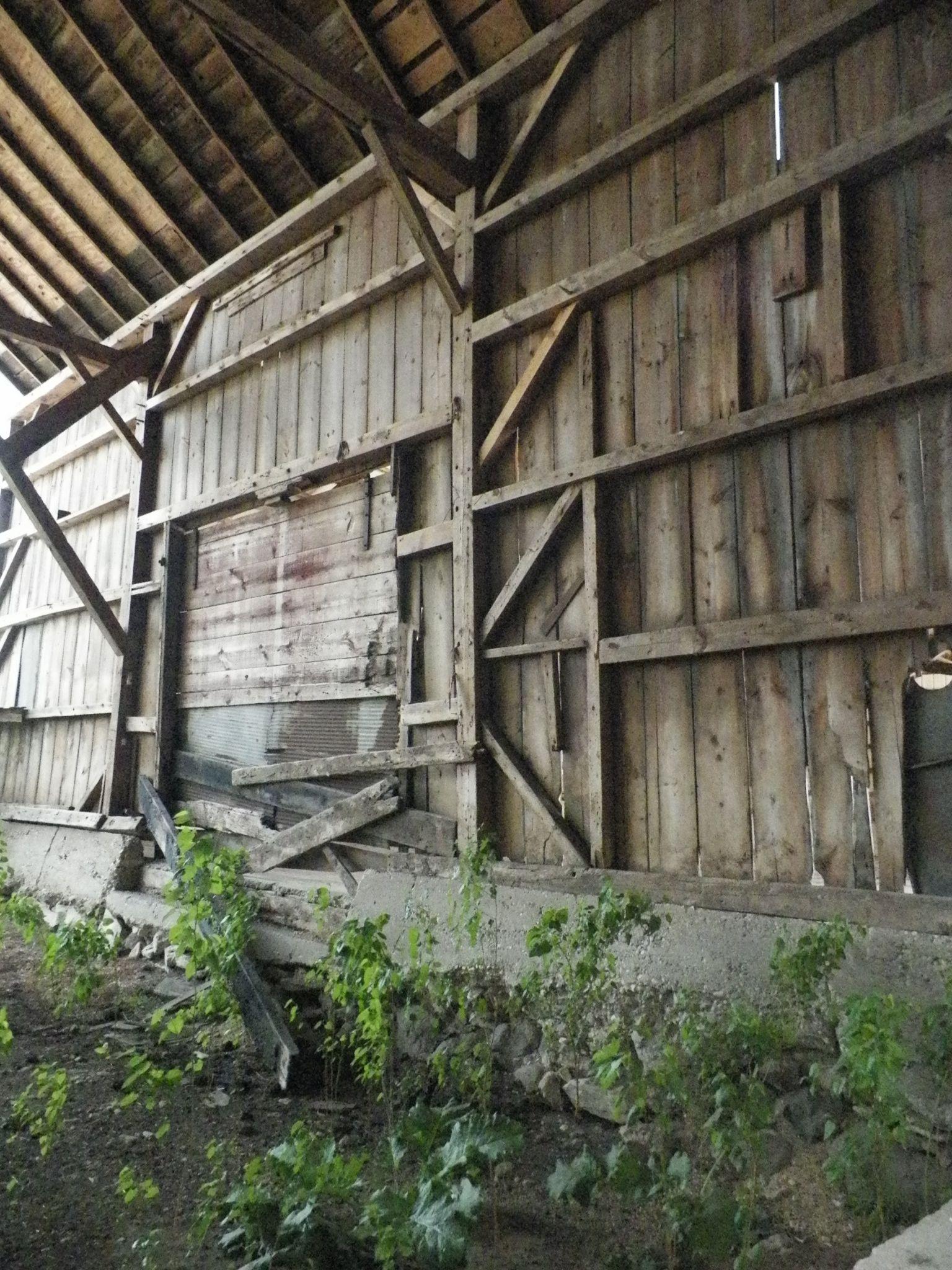 Abandoned Barn Interior Farmhouse Plainfield Illinois
