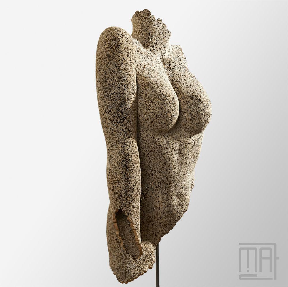 Souvent Liz - Sculpture en dentelle de carton - Cardboard sculpture  NM67