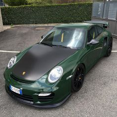 A Unique British Racing Green Porsche 997 Gt2rs Porsche British Racing Green Classic Porsche