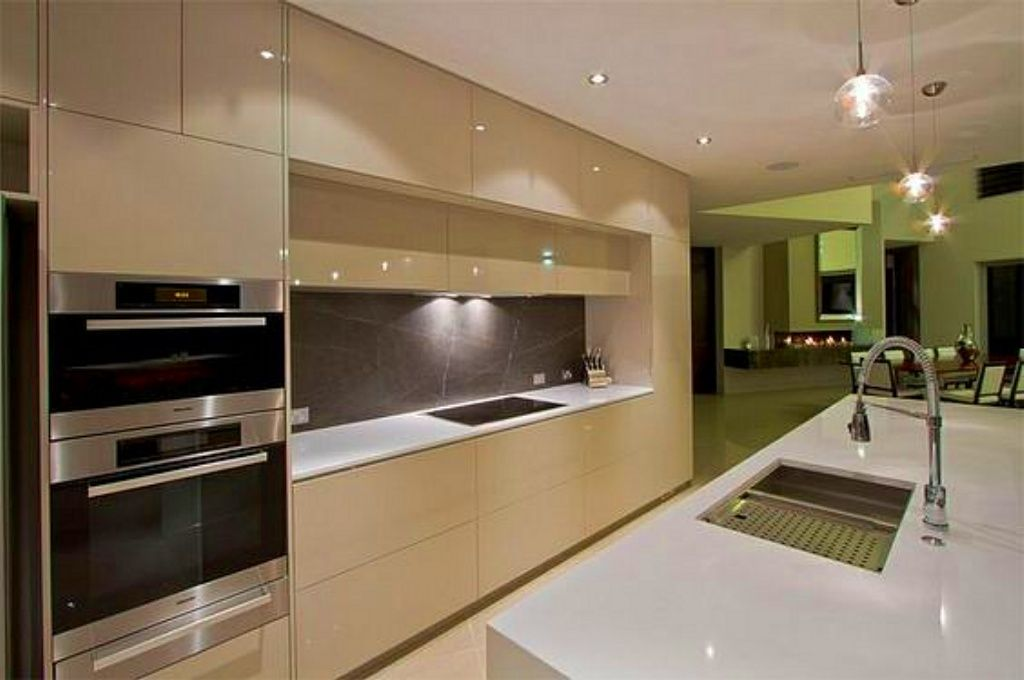 Ultra Modern Kitchen Design Amazing Ideas