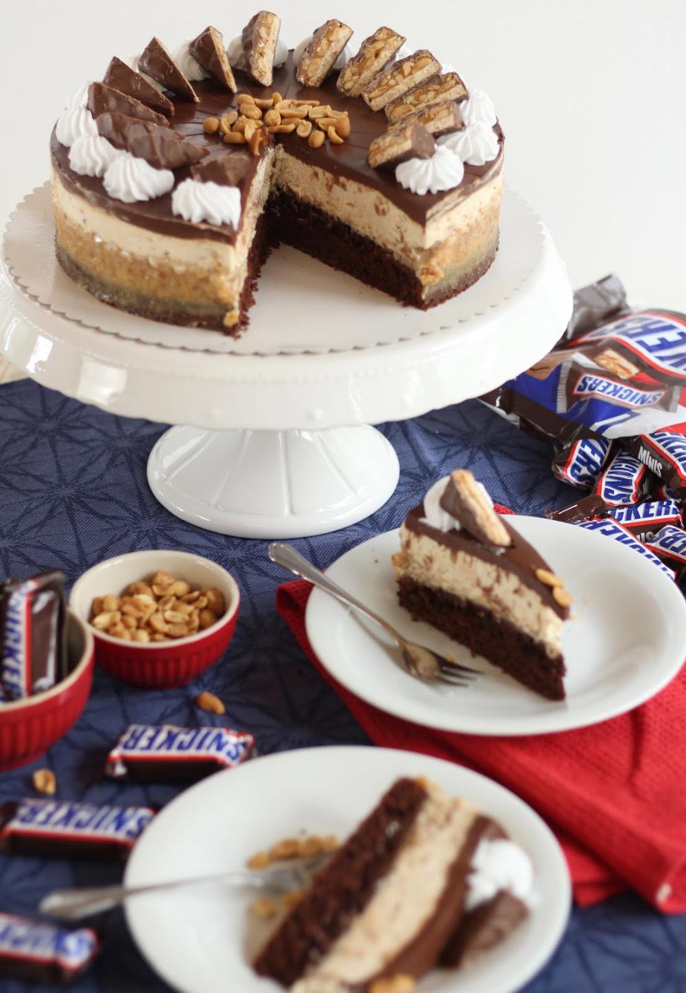 Mega Leckere Snickers Torte Erdnuss Karamell Schoko Torte Rezept In 2020 Kuchen Und Torten Rezepte Lecker Torten Rezepte