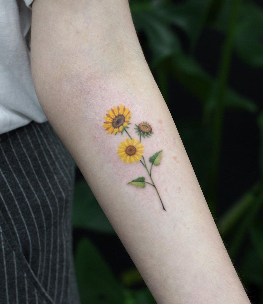 Photo of Celebrate the Beauty of Nature with these Inspirational Sunflower Tattoos