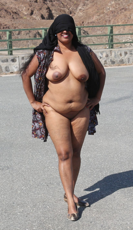 Indian nude milf pics