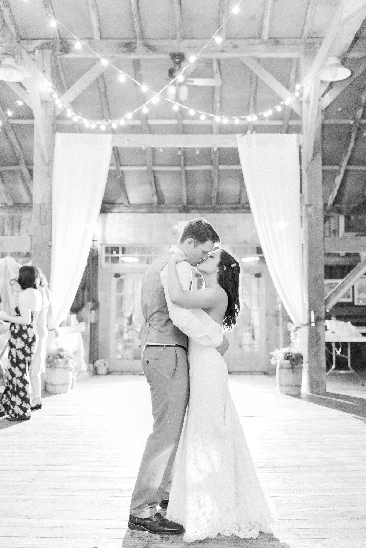 Niederman Farm Wedding In West Chester Ohio