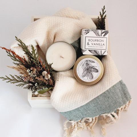 Holiday Pamper Box Christmas Scented Curated Spa Bath Box Regalos Novedosos Regalos Originales Cestas De Regalo