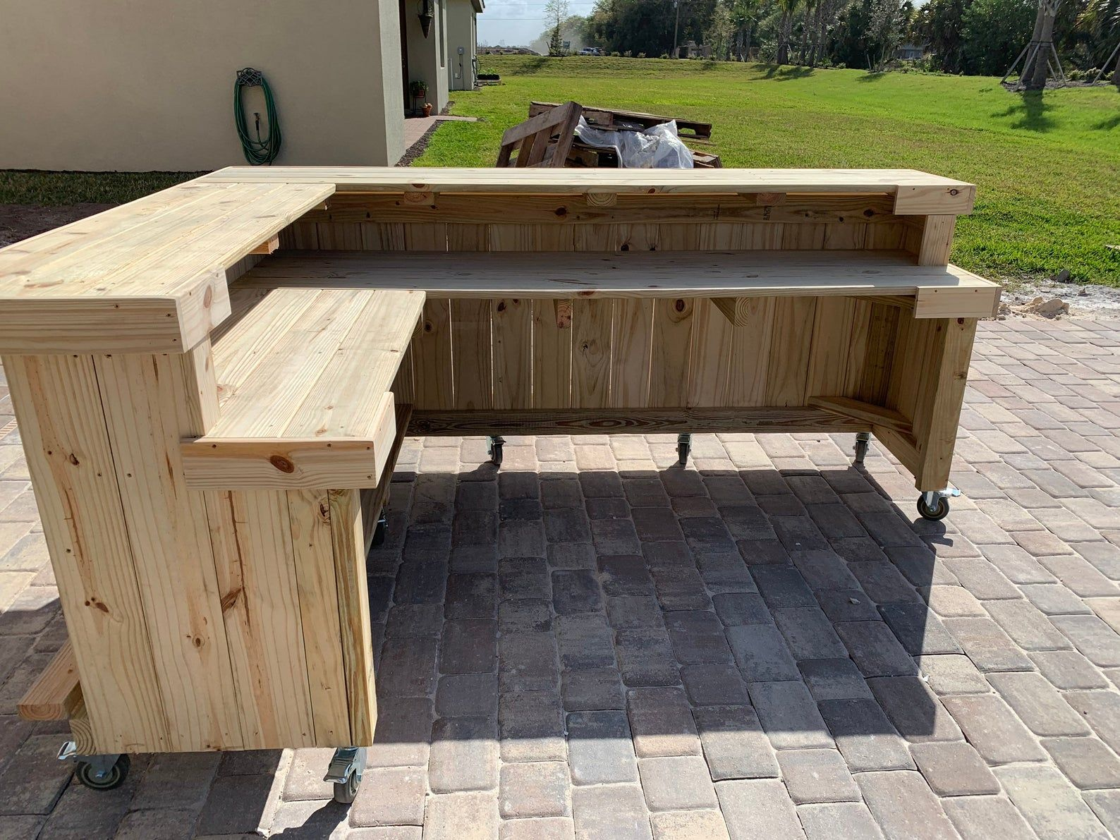Kitchen L Shaped 2 Level 8 X 6 Rustic Real Pressure Treated Wood Barn Wood Style Pallet Style Outdoor Or Indoor Patio Bar In 2020 Outdoor Patio Bar Patio Bar Indoor Patio