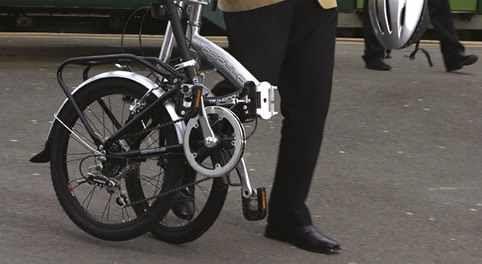 Normal Bike vs Folding Bike? http://foldingbikeshq.com/normal-bike-vs-folding-bike/  #normalbike #versus #foldingbike #normal #folding #bike #bicycle