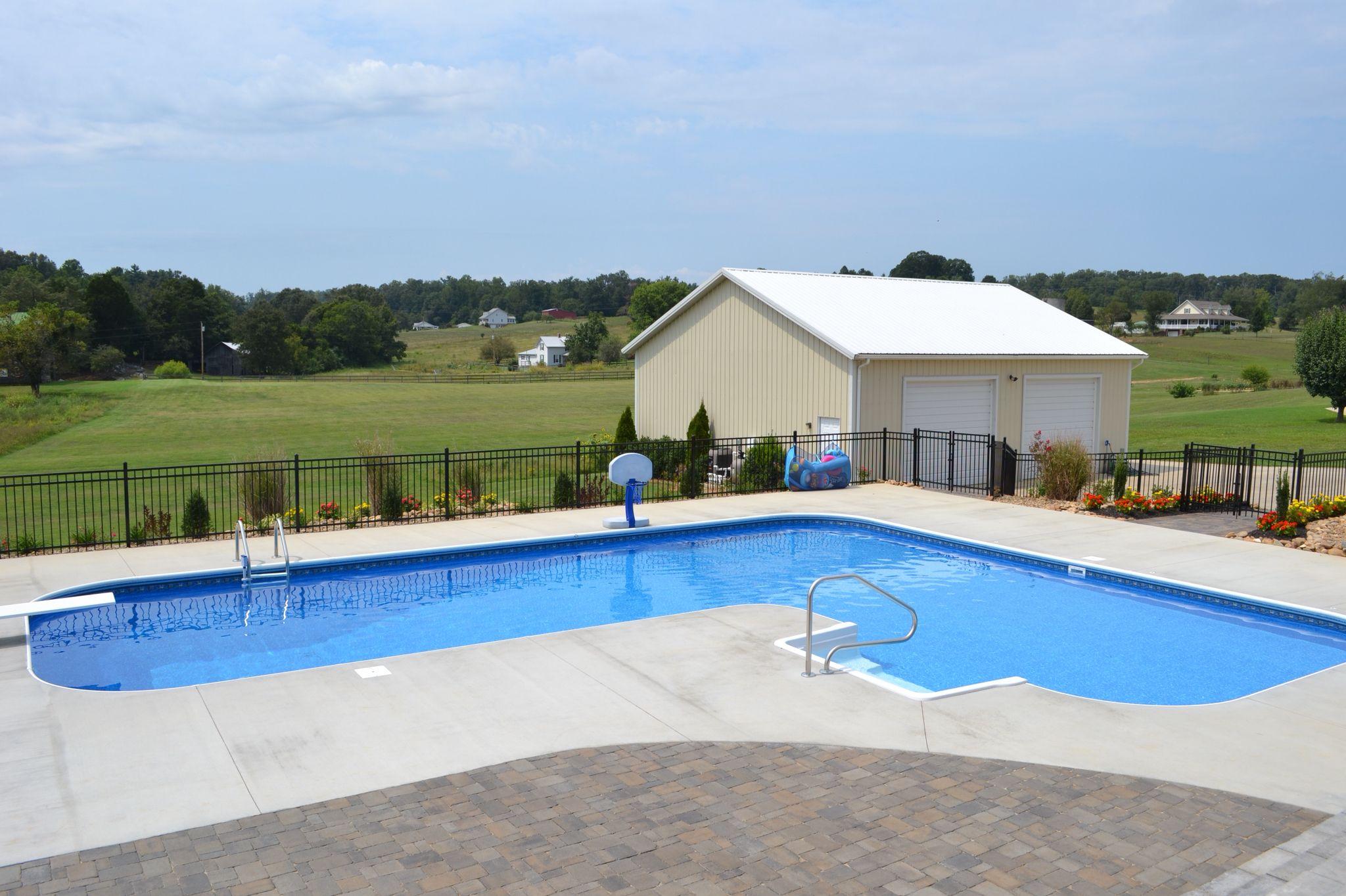 True L Shaped Vinyl Liner Pool By Brooks Malone Pool Houses Swimming Pools Backyard Swimming Pool Installation