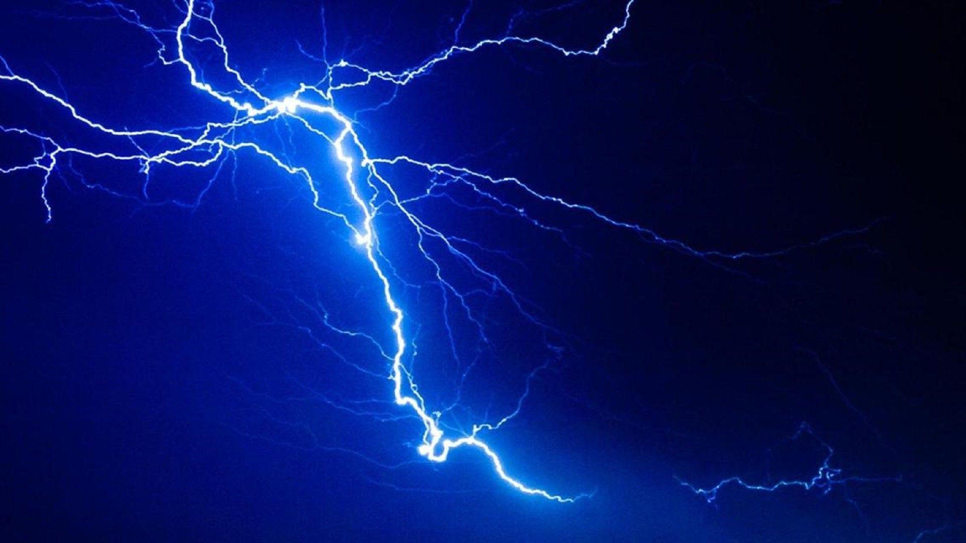 Blue Lightning Wallpaper In 2020 Blue Lightning Purple Lightning Blue Aesthetic