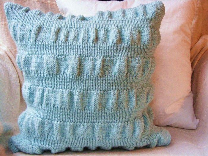 картинки по запросу вязание спицами наволочки на подушки наволочка