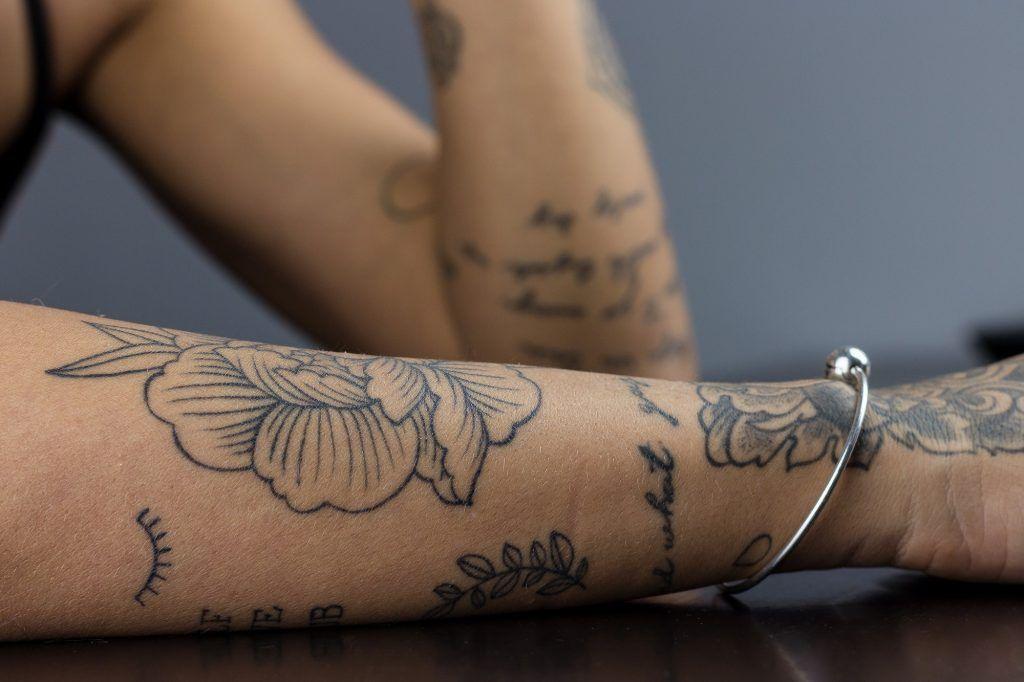 a nagy tetoválás körkép – kata baumgartner