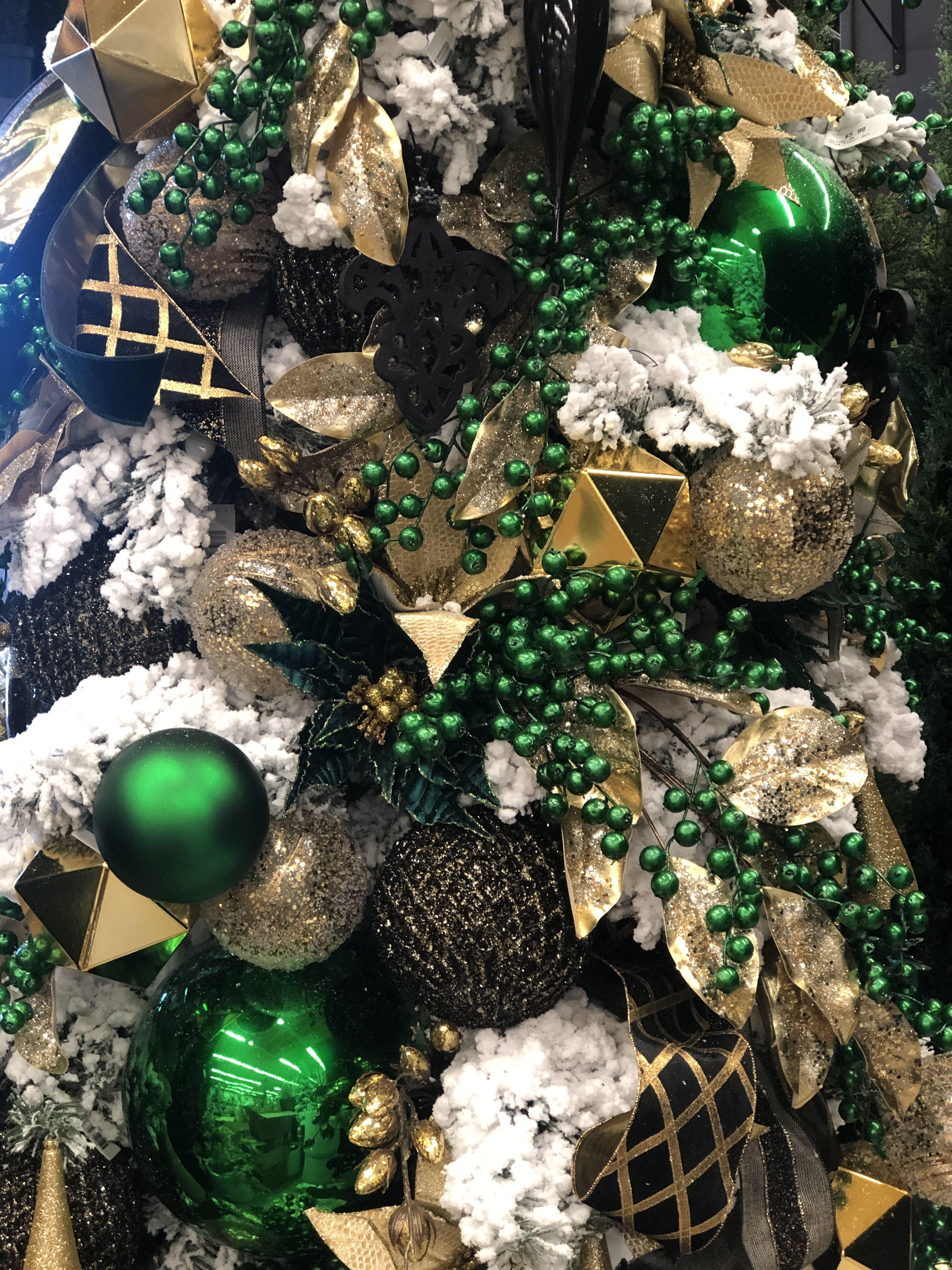 48+ Dark green christmas ornaments ideas