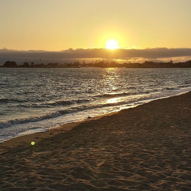Robert W. Crown Memorial State Beach