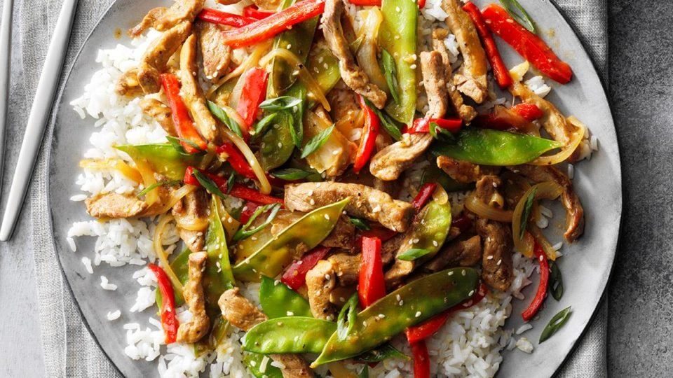 This Is How to Make an Easy Stir-Fry with What's in Your Fridge