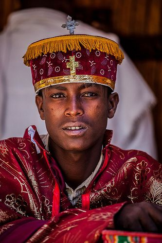 Young Priest Who Celebrates The Festival Hosanna Palm Sunday In Axum Tigray Ethiopia Beauty Around The World African People People Of The World