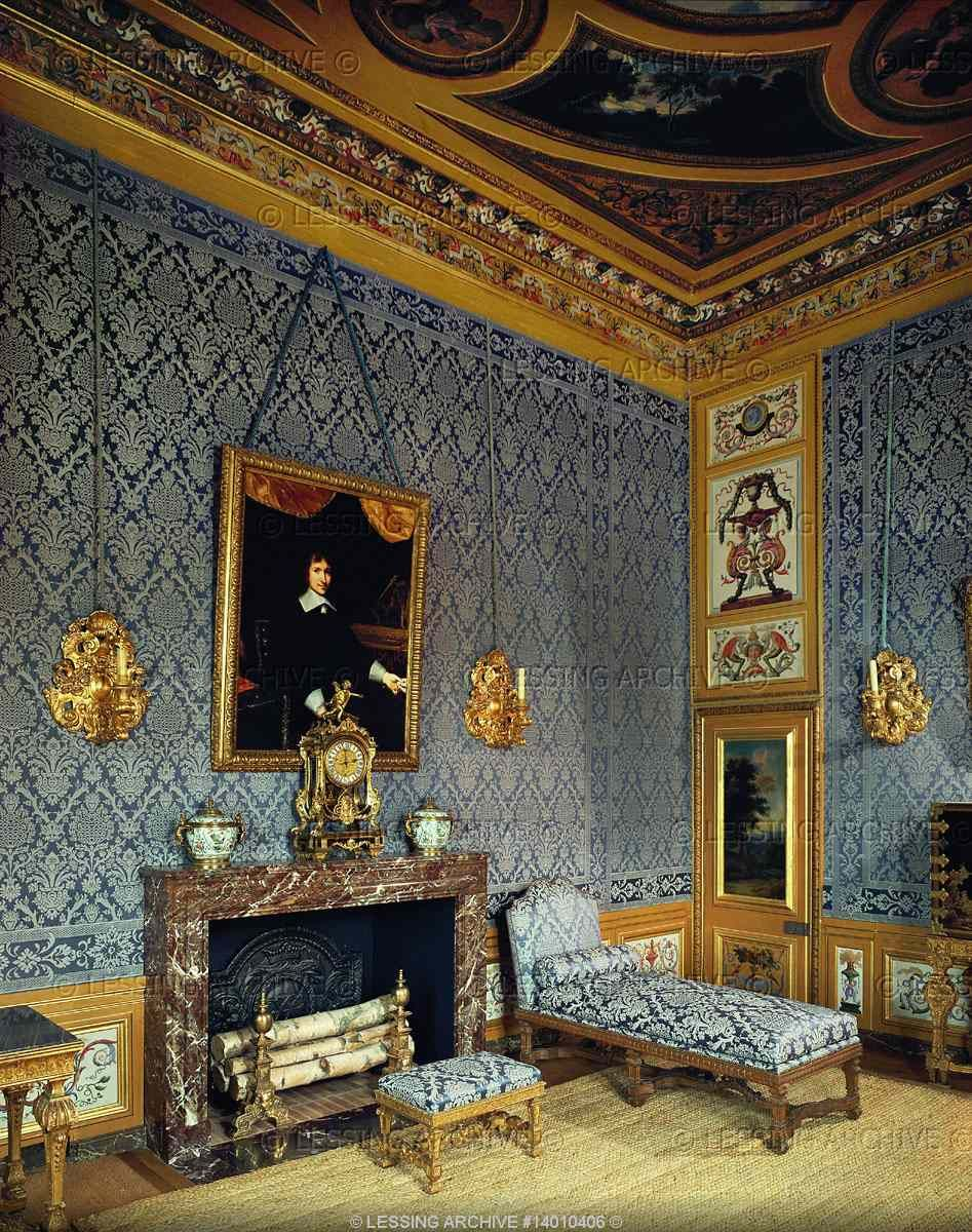 Comtesse Baroque Interiors All 17th Century Le Brun Charles Vaux Le Vicomte Cabinet Of Mme Madeleine Fouquet Baroque Interior Historical Interior Baroque