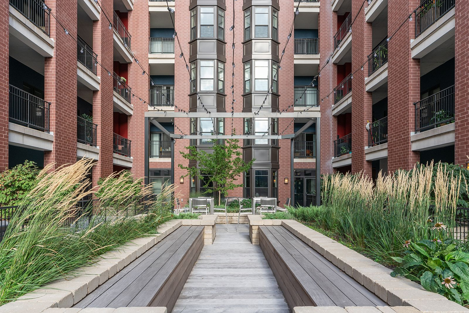 Keep Calm In Our Peaceful Zen Garden Arrivesouthloop Ihavearrived Amenities Chicago Il Apartments Pet Friendly Apartments Apartments For Rent Zen Garden